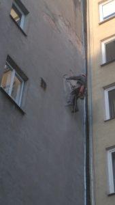 Naprawianie ścian